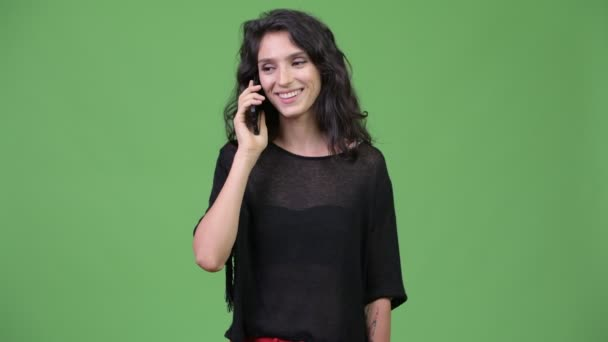 junge schöne Frau mit Telefon