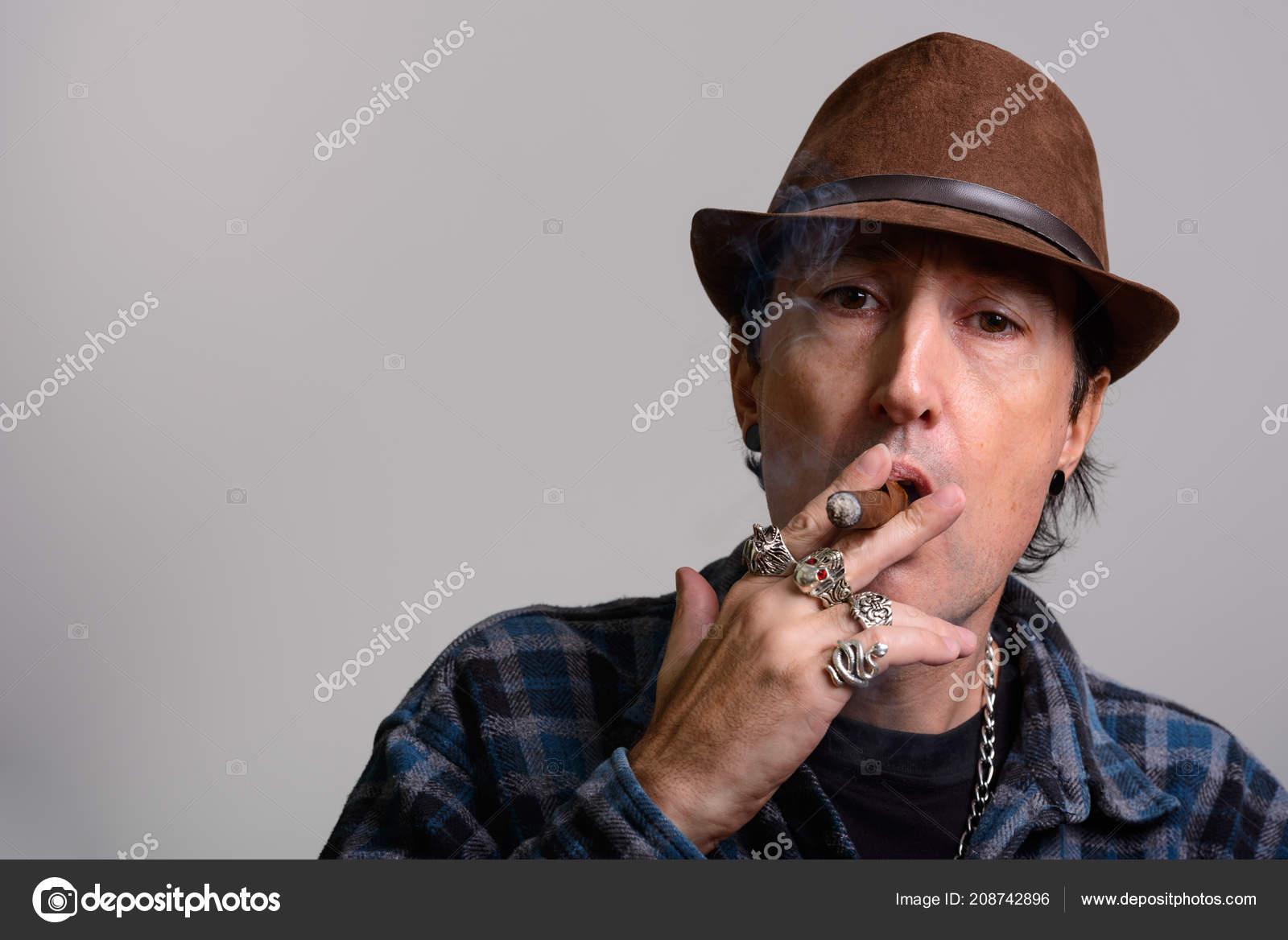 Videa kouření celebrit