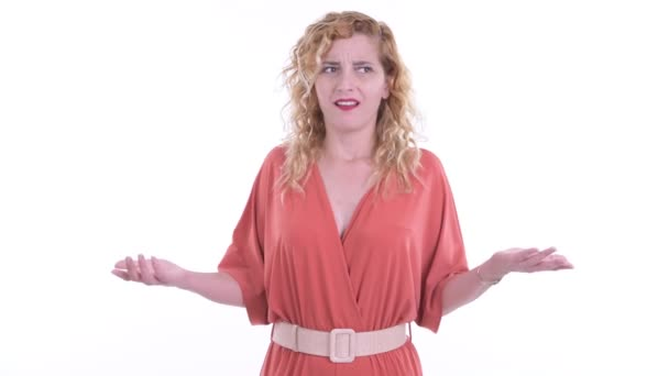 Stres blondýny businesswoman rozhlížející se kolem a pocit rozrušení
