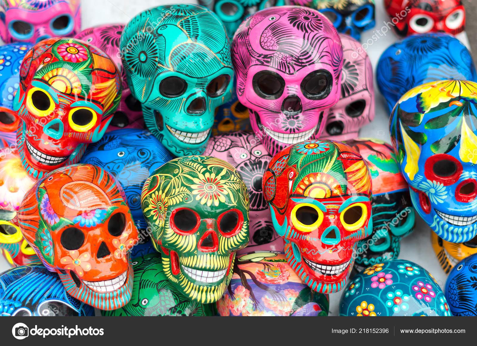 Decorado Coloridos Calaveras Símbolo Muerte Cerámica Mercado Día