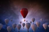 Koncepce vedení s 3d vykreslování červené horkovzdušném balónu nad bílé balónky