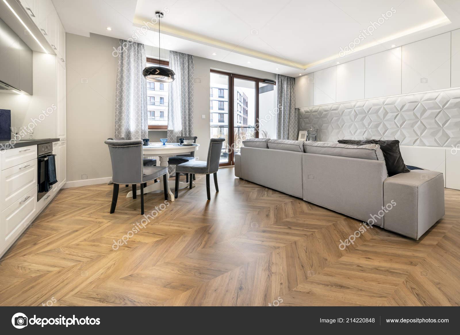 Salotto Moderno Elegante : Soggiorno moderno cucina appartamento elegante u foto stock