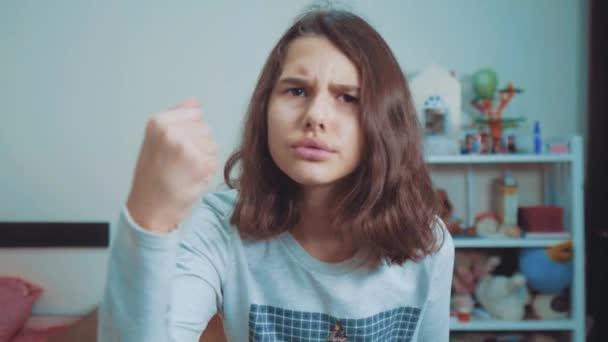 Cumshot Betrunkene Aggressives Babes Video