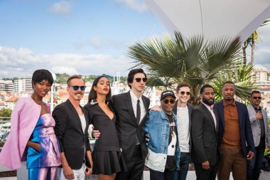 CANNES, FRANCE - MAY 15, 2018: Topher Grace, Laura Harrier, Adam Driver, director Spike Lee and John David Washington attend the photocall for the 'BlacKkKlansman' during the 71st annual Cannes Film Festival