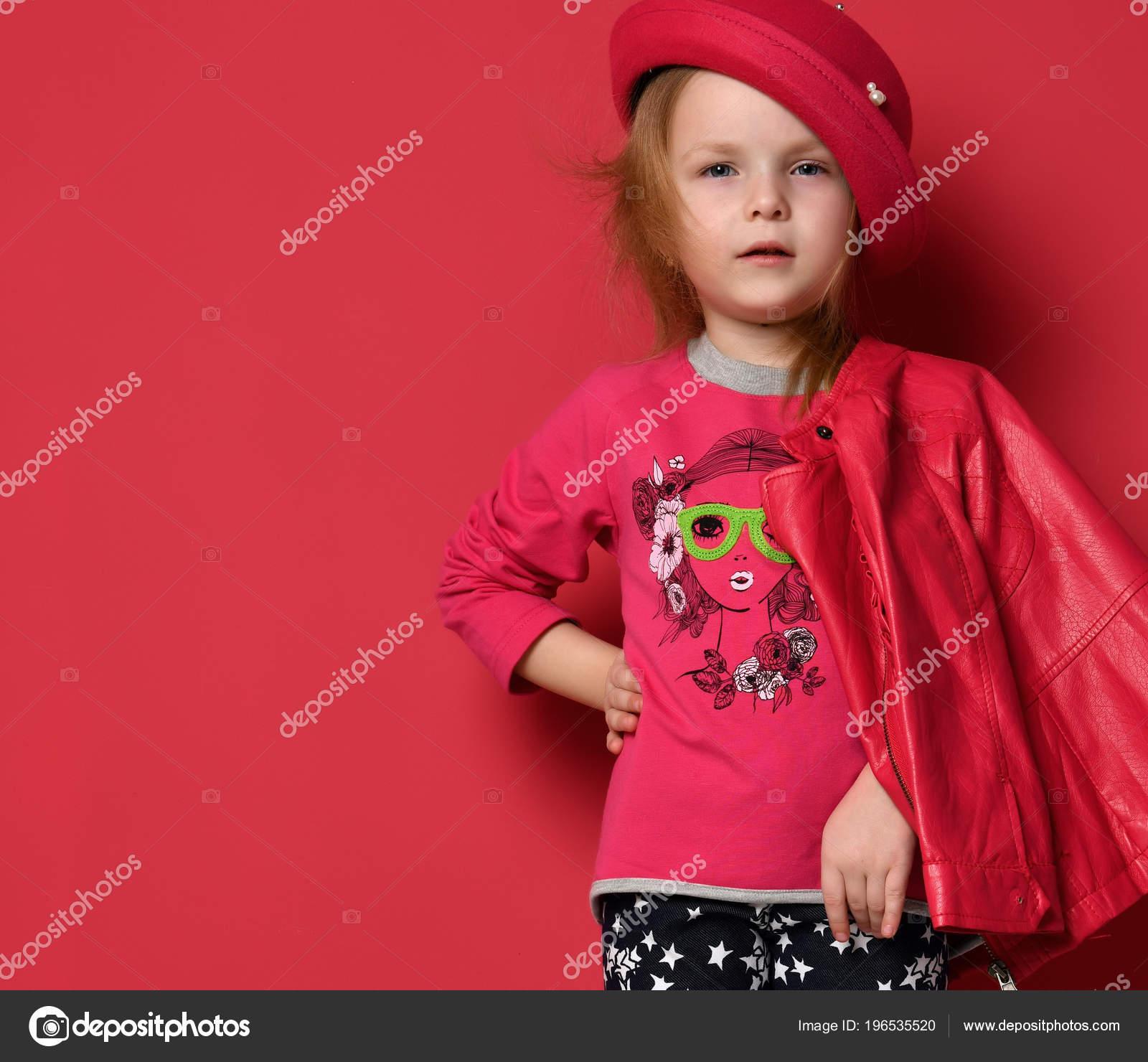 Años Chaqueta Niño Niña Bebé Kid Posando Cinco De Cuero En qF6wn8Ipn