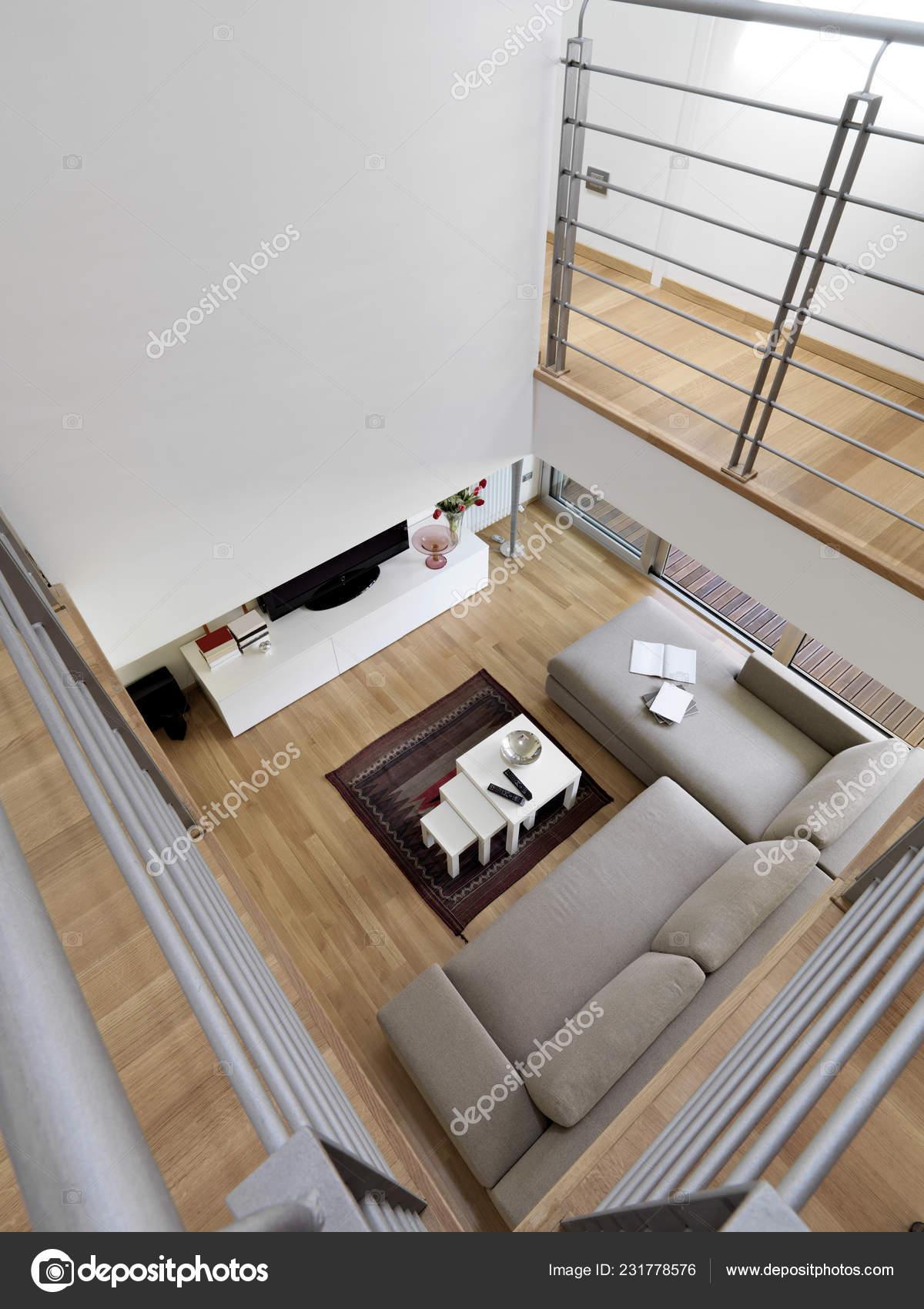 Photos Intérieurs Salon Modern Dans Chambre Sous Les Toits ...