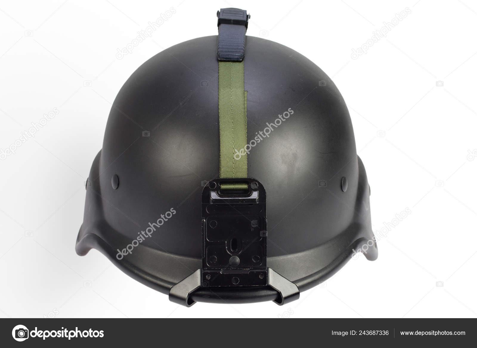Casco de kevlar del ejército negro aislado sobre fondo blanco– imagen de  stock 0a72b79f36b