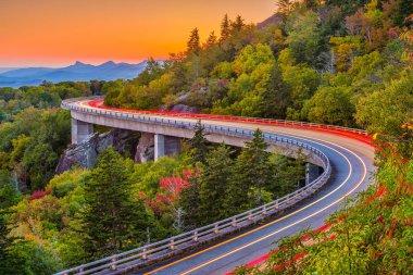 Grandfather Mountain, North Carolina, USA at Linn Cove Viaduct.