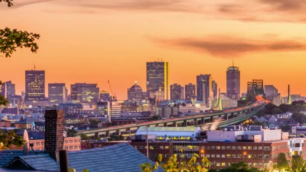 Orizzonte della città di Boston, Massachusetts, Stati Uniti dAmerica al crepuscolo