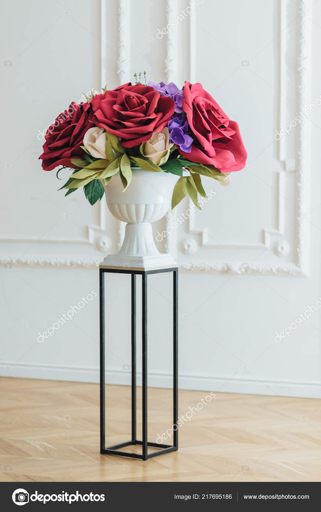 Bouquet Flowers Festive Event Beautiful Big Red Roses White