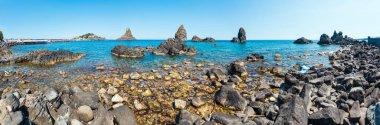 "Картина, постер, плакат, фотообои ""cyclopean coast and the islands of the cyclops on aci trezza town (italy, sicily, 10 km north of catania). известный как isoles dei ciclopi faraglioni ."", артикул 214968824"