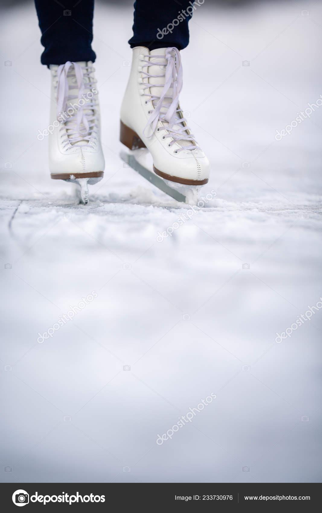 Áˆ Ice Skating Stock Images Royalty Free Ice Skates Photos Download On Depositphotos