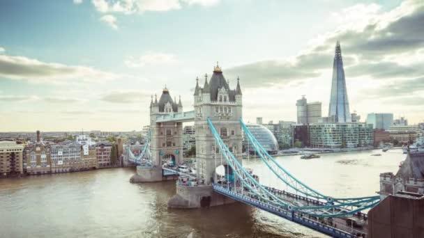 čas zanikne londýnské Panorama s věžním mostem, Velká Británie