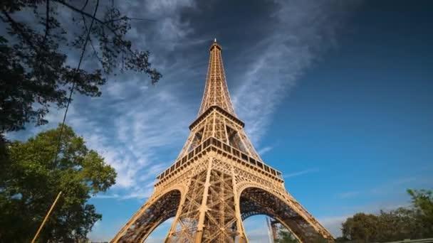 hyper lapse, Eiffel tower, Paris. France