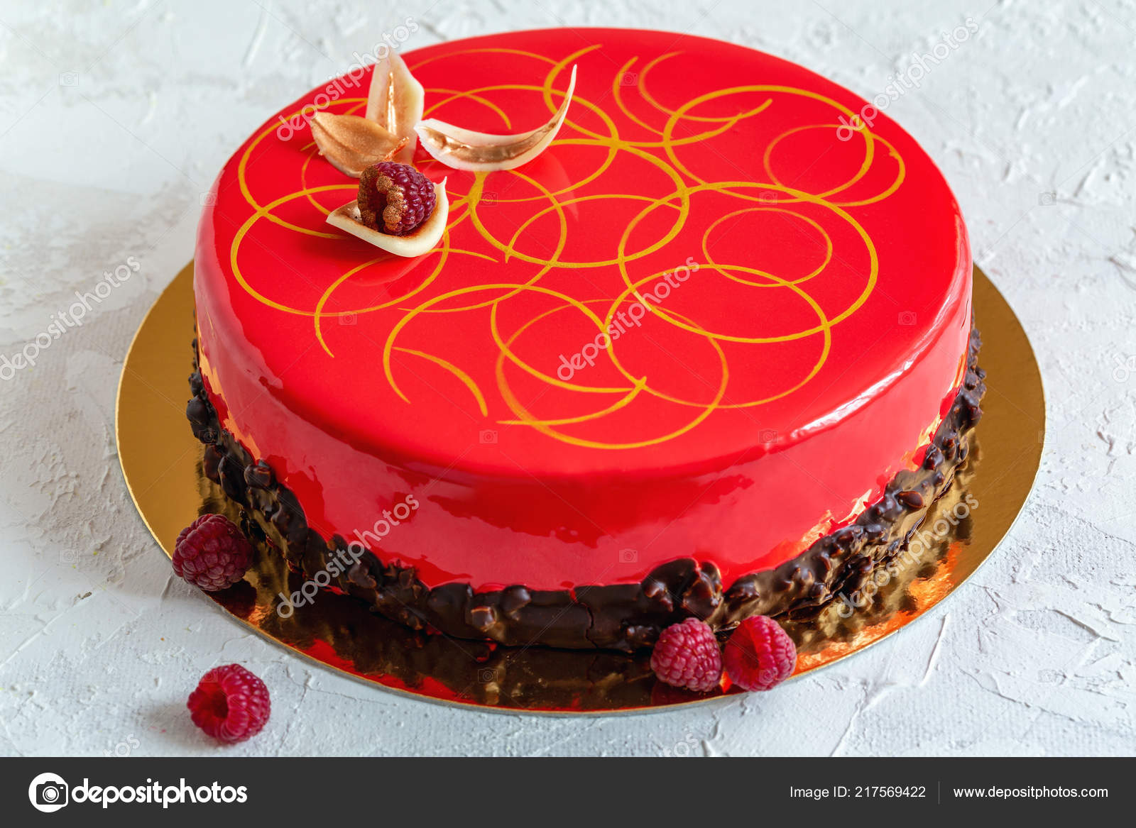 Mousse Torte Mit Roten Spiegel Glasur Schokolade Dekor Und Frische
