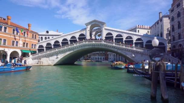 Rialto bridge, Benátky, Itálie