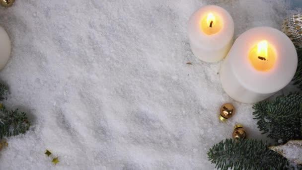 Weihnachtsszene mit Schnee