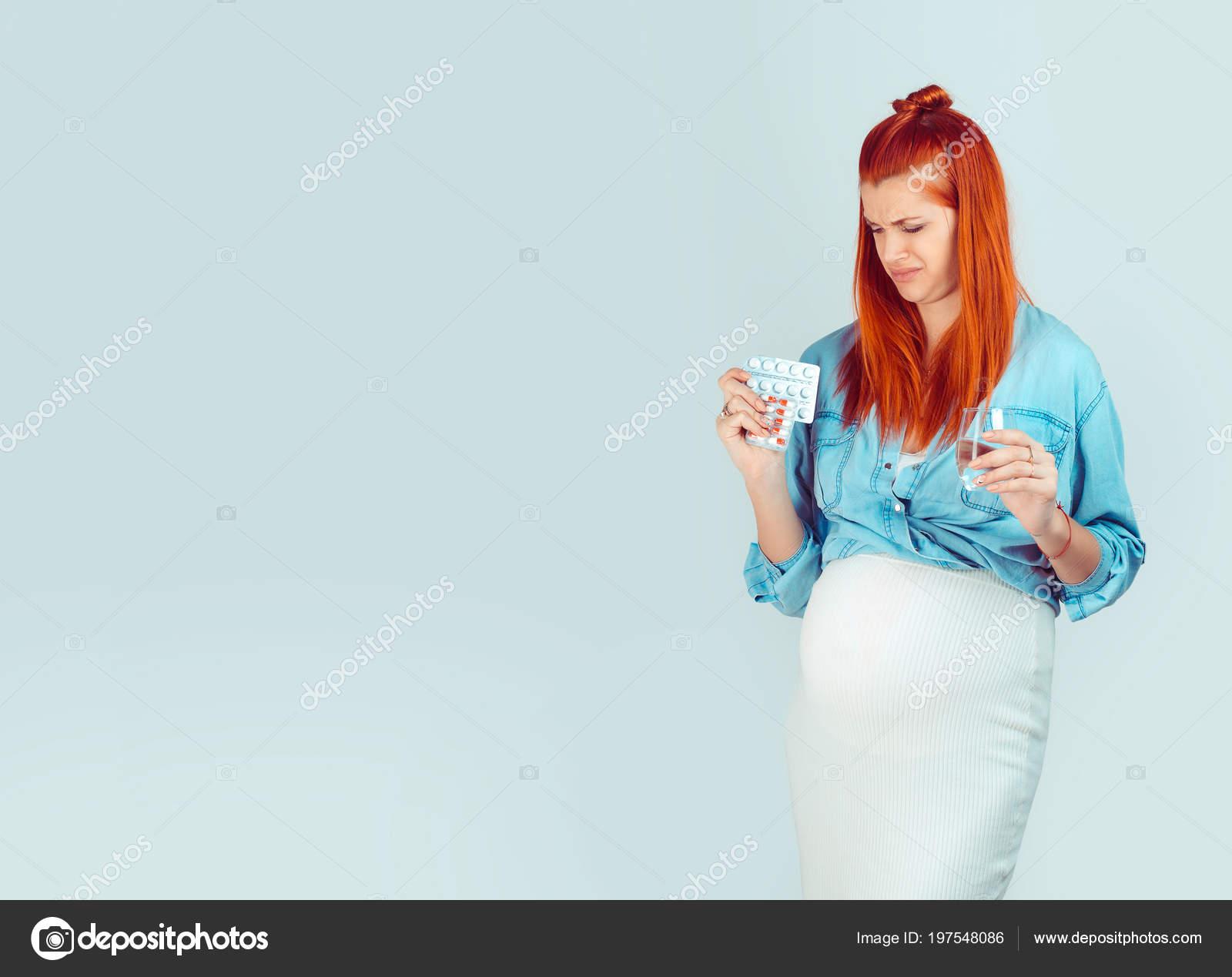 Рыжая девушка любит, фото интим с бабой