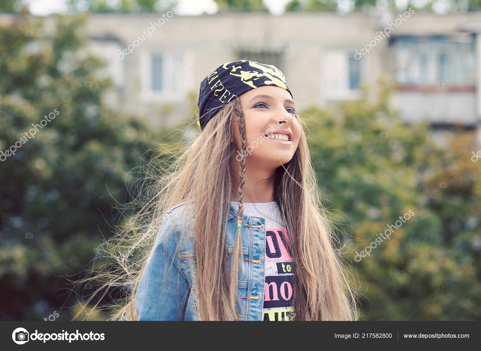 Adolescente Linda Feliz Parque Aproveitando Verão Vida