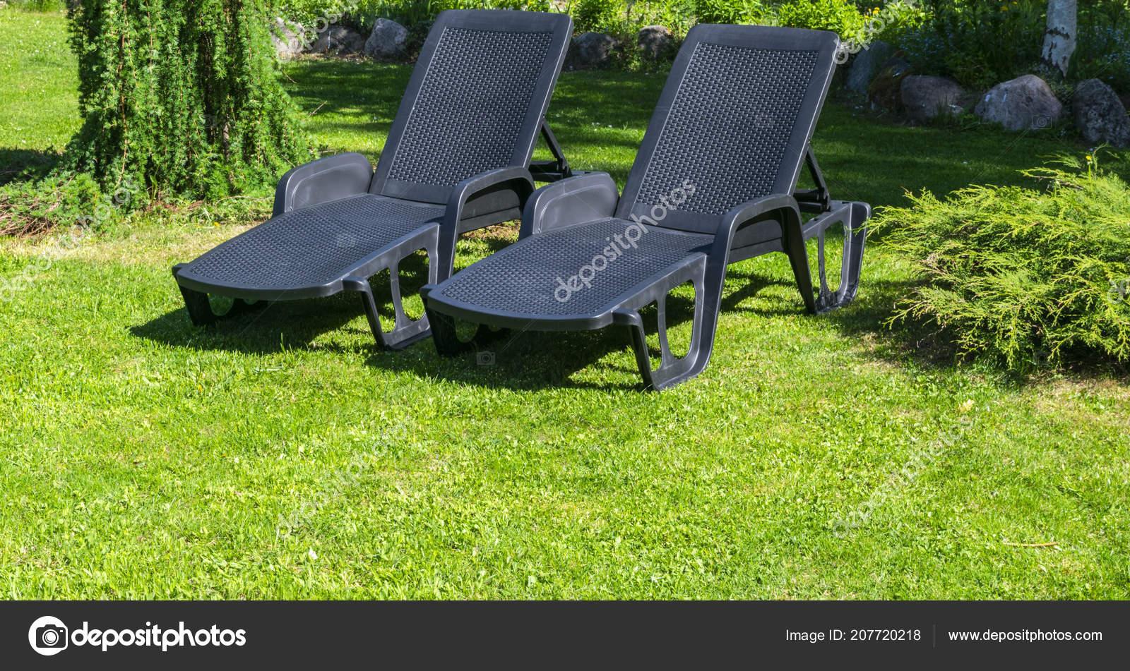 Giardino Lettini Sull Erba Verde Letto Giardino Prendere Sole Riposo