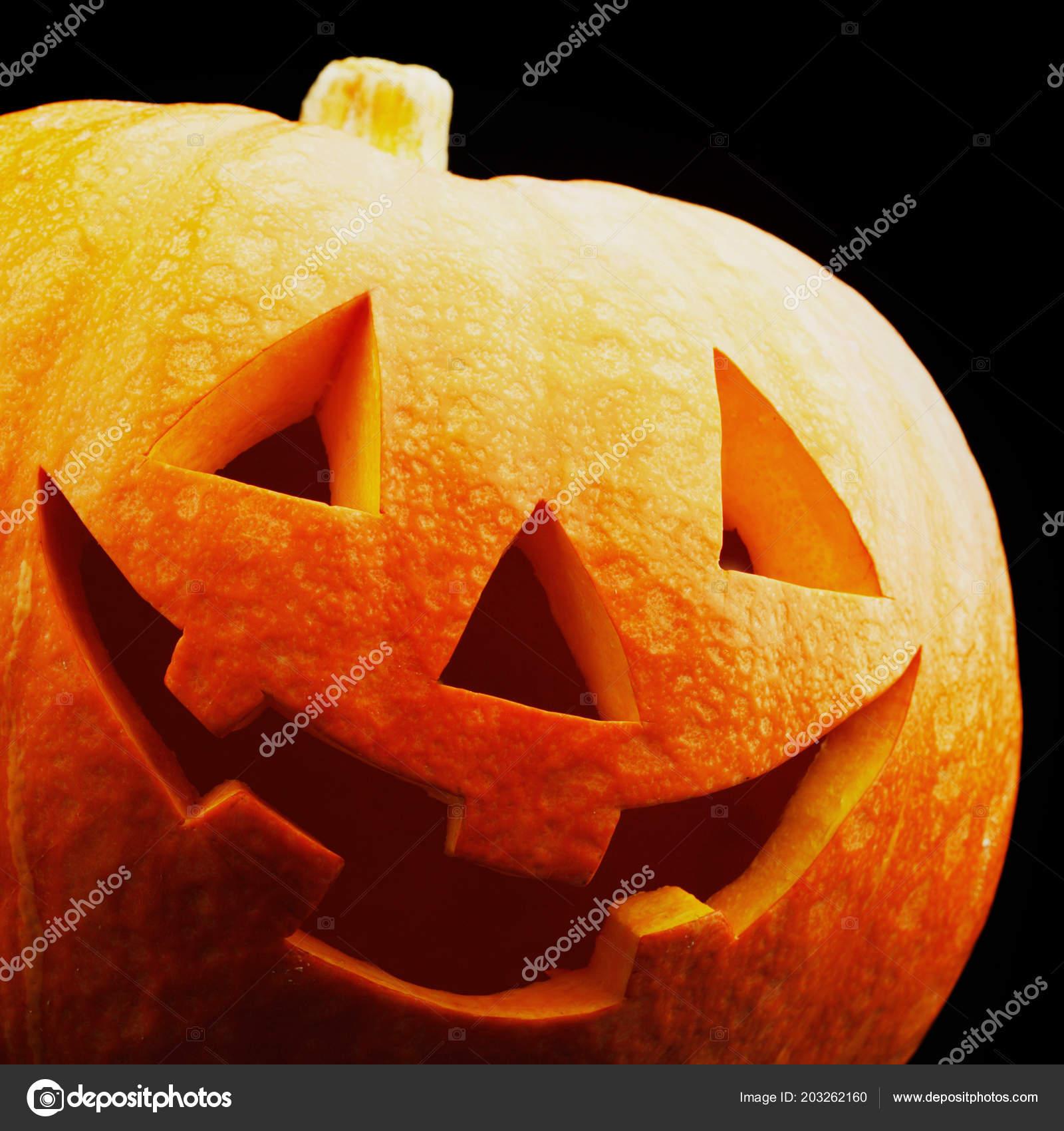 funny halloween pumpkin isolated black background — stock photo