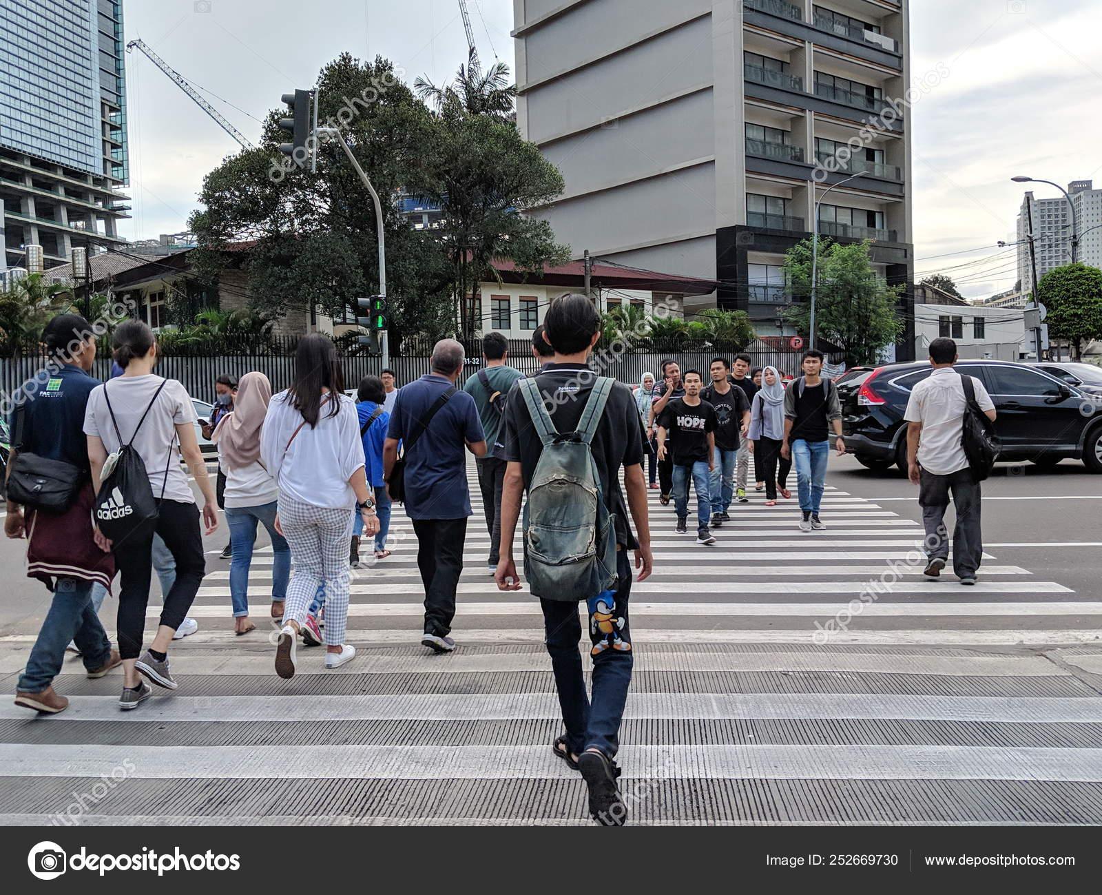 Jakarta Indonesia February 2019 Crowd People Walking Zebra Crossing Sudirman Stock Editorial Photo C Georginacaptures 252669730