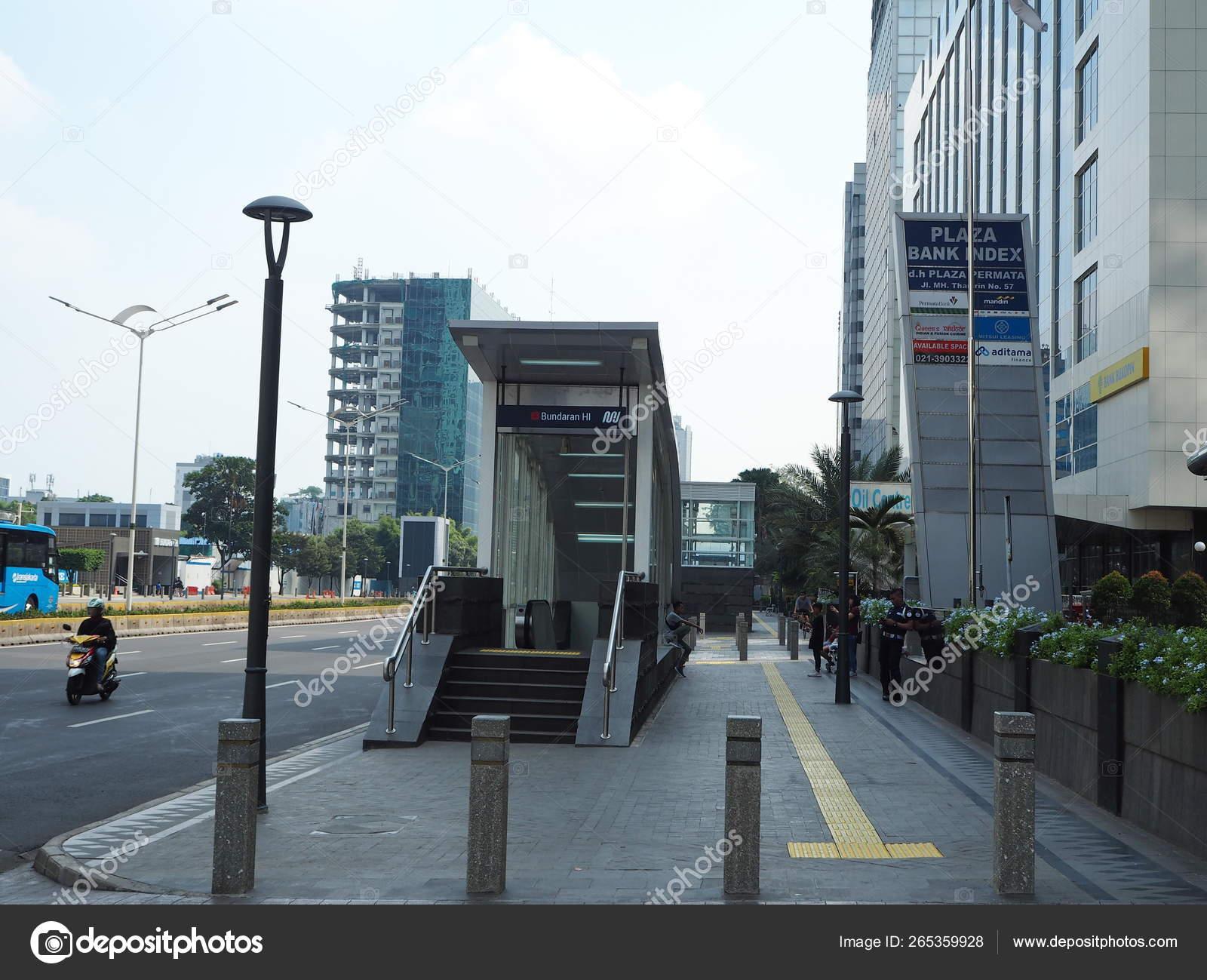 Jakarta Indonesia April 2019 Entrance Gate Bundaran Mrt Station Thamrin Stock Editorial Photo C Georginacaptures 265359928