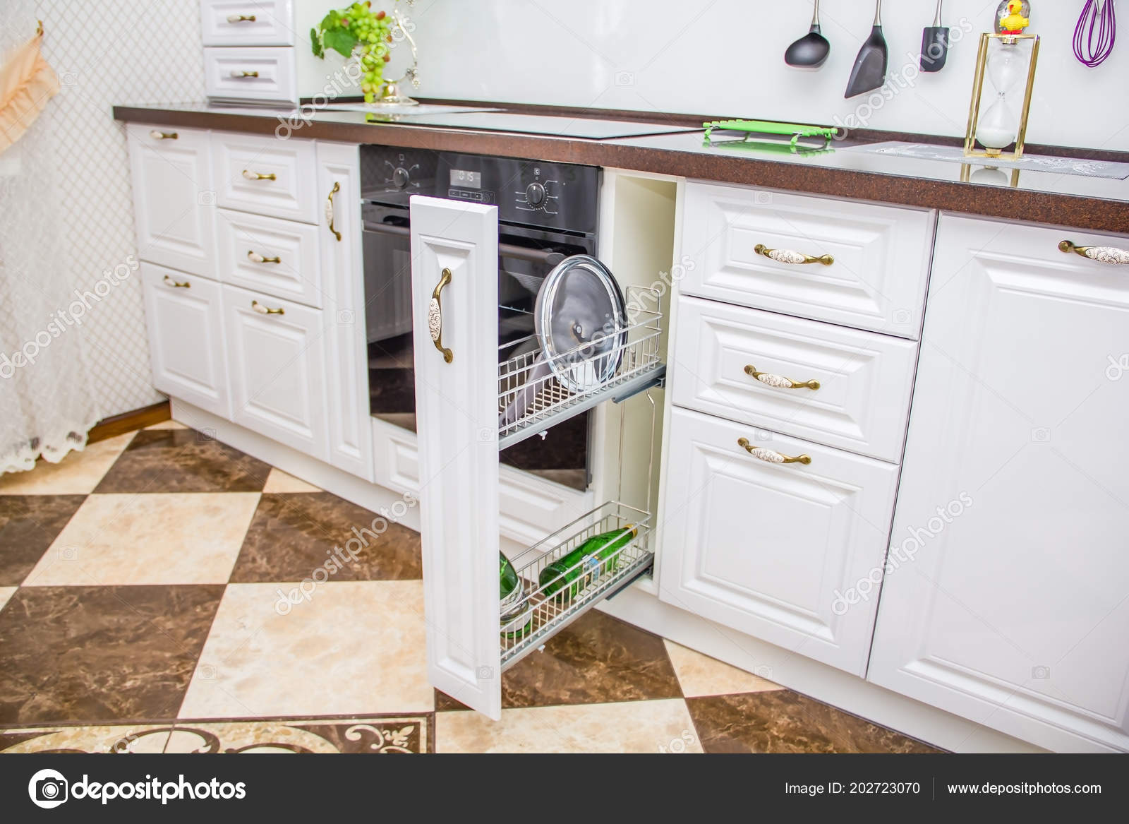 Ripiano Cucina Muratura Bianca Vino — Foto Stock ...