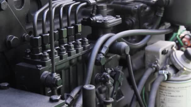 detaily motoru. vznětový motor