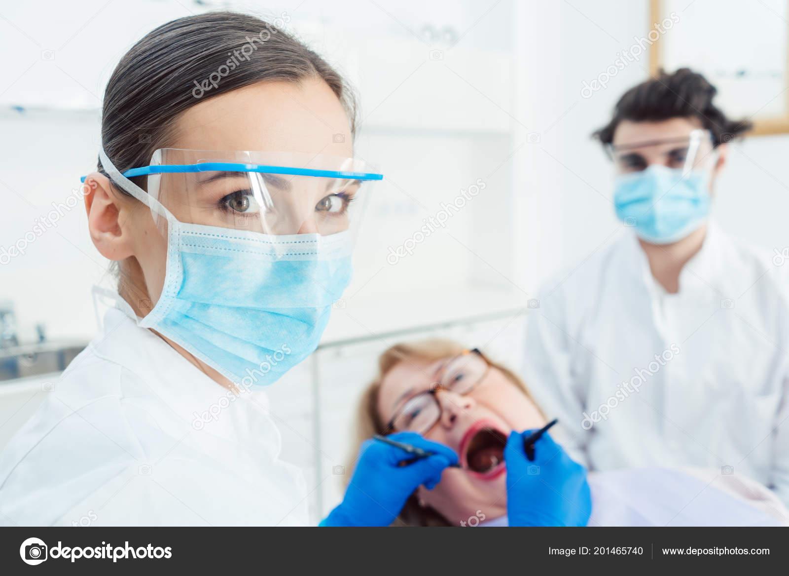 Cauta? i femeie dentist. Gaboneza Dating Site.