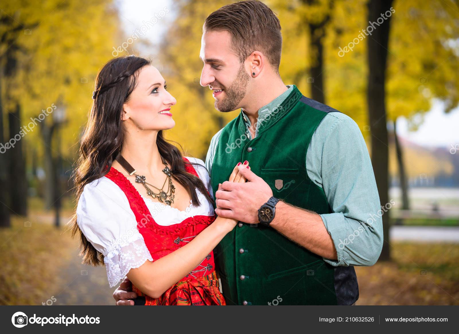 Dating Βαυαρίας γυναίκα Γάλλοι κανόνες γνωριμιών