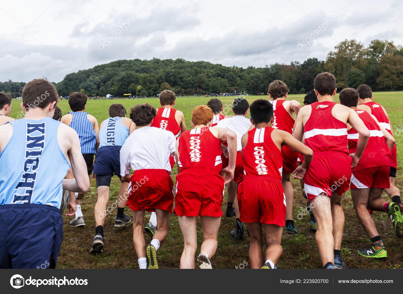 bronx new yotk usa october 2018 high school boys starting stock