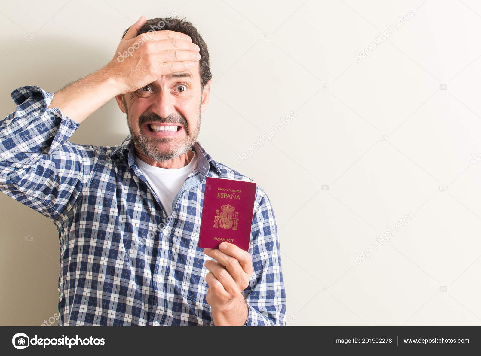 Photos pictures of passport 20190