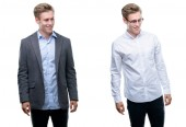 Photo Young handsome blond business man wearing different outfits looking away to side with smile on face, natural expression. Laughing confident.