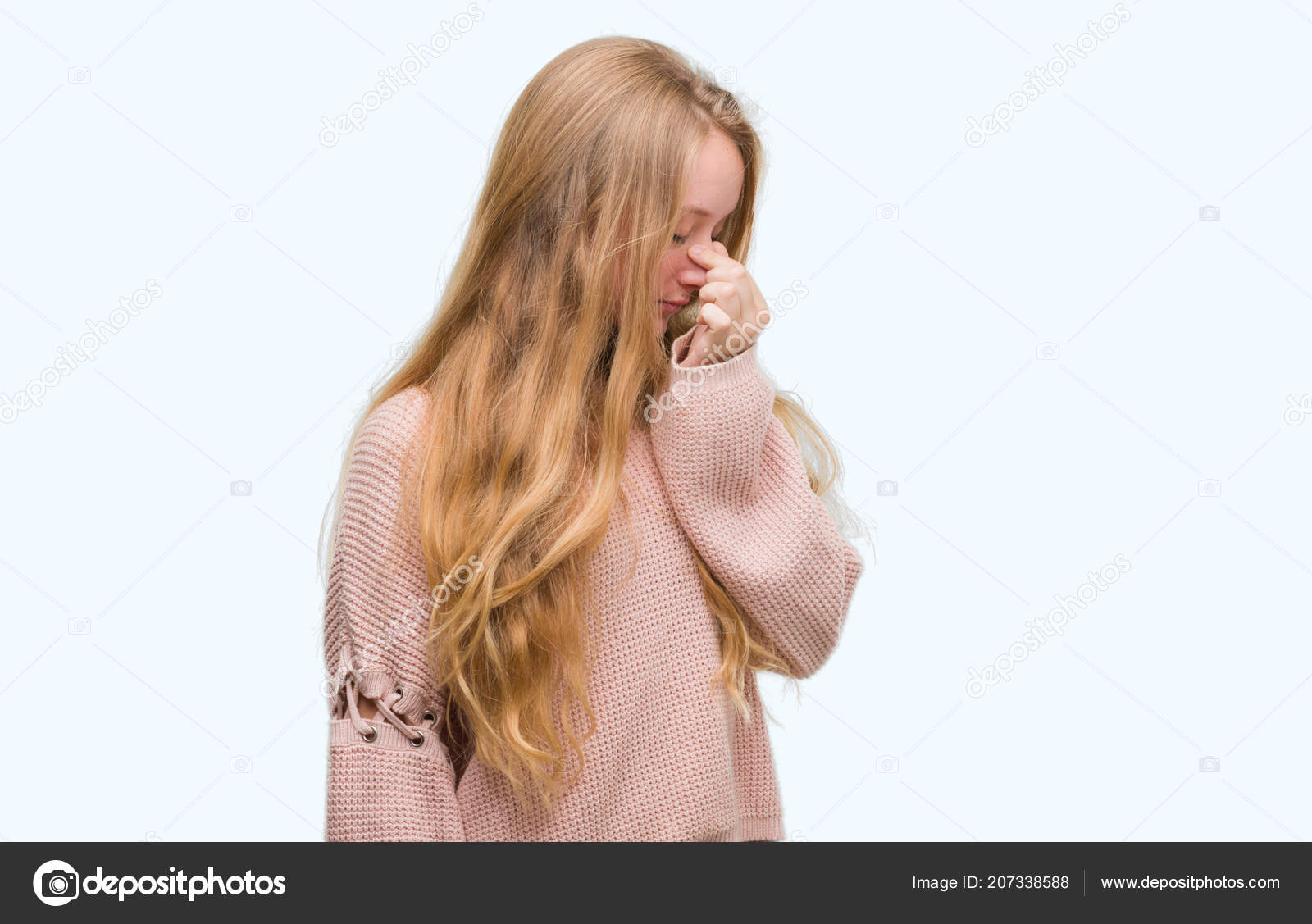 gros seins cul en bombe rousse ejacule