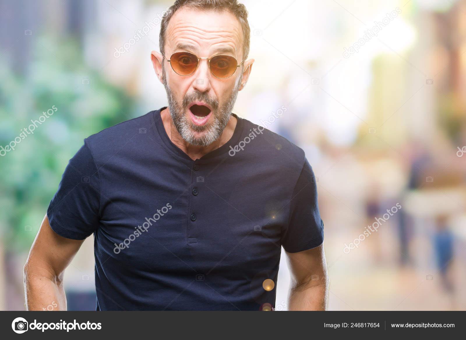 Edad De Canoso Sobre Fondo Gafas Media Senior Con Hombre Sol — Foto qMzVpGSLU