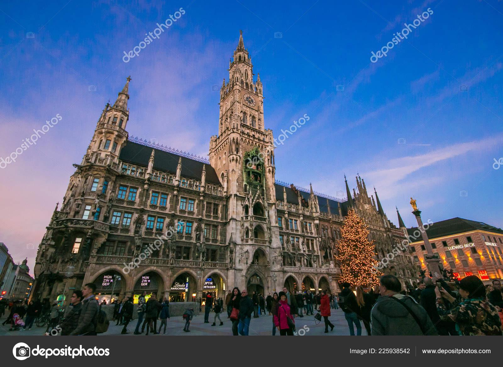 Munich Germany Christmas.Munich Germany December 2017 Marienplatz Christmas Tree