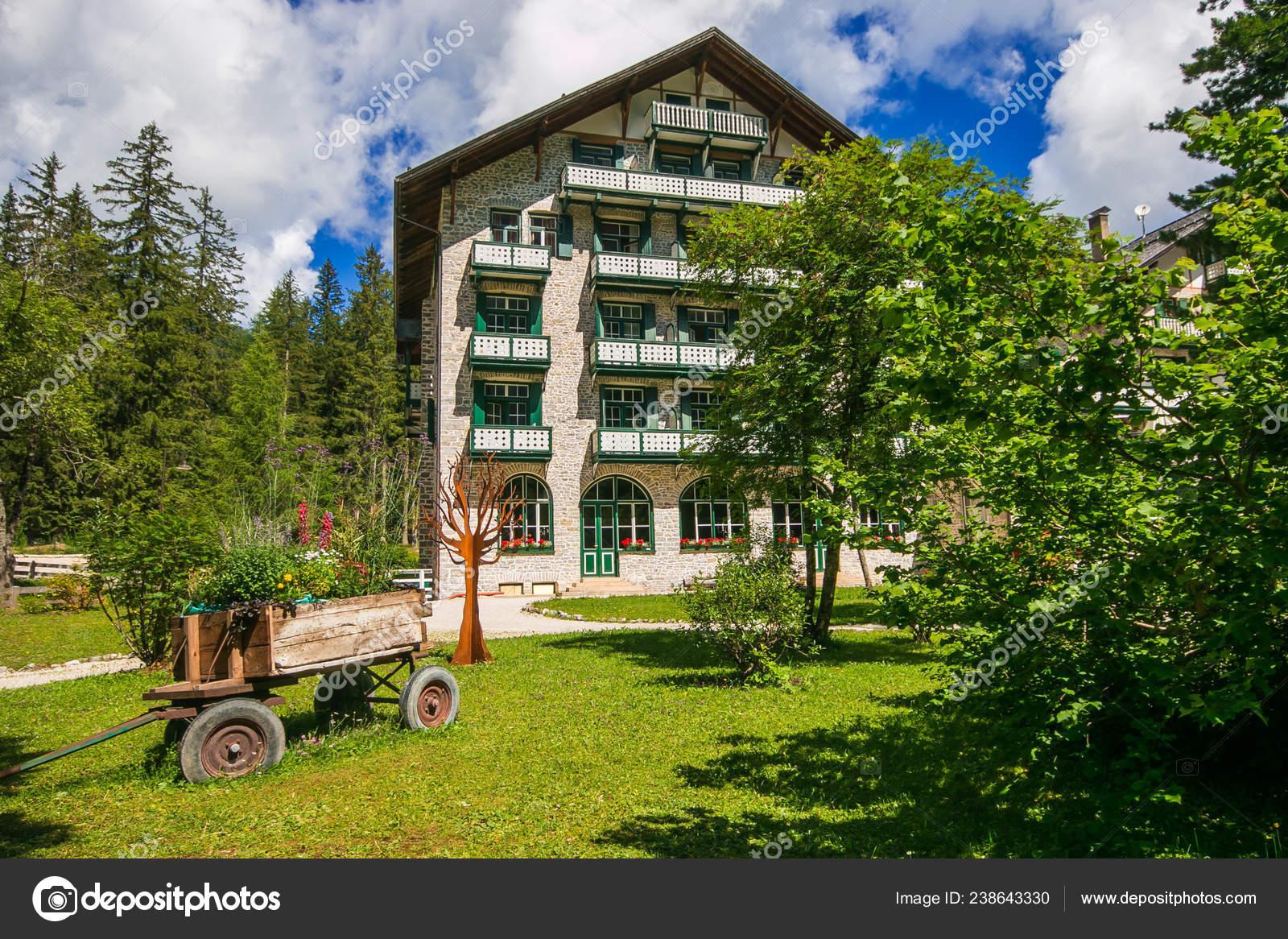 Prags Italien Juli 2018 Schones Hotel Den Pragser Wildsee