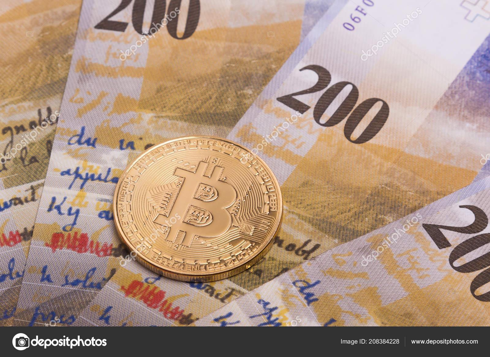 Bitcoin Btc Krypto Währung Münze über Schweizer Franken Banknoten