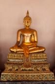 Socha Buddhy, sedět a meditovat chrám Wat Pho, Bangkok, Thajsko