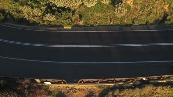 DRONY pohled na dálnici