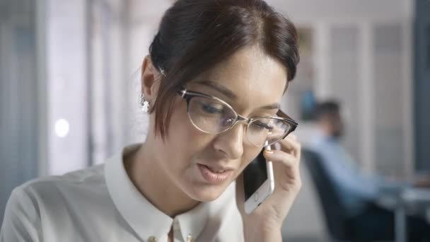 Beautiful Smiling Female White collar enjoy mobiles conversation talking