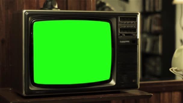 Vintage Tv zöld képernyő. Kész arra, hogy cserélje ki a zöld képernyő felvétel vagy képet szeretne. Meg tudod csinálni a beírása. Full Hd.