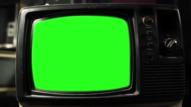 Régi Tv zöld képernyő. Kész arra, hogy cserélje ki a zöld képernyő felvétel vagy képet szeretne. Meg tudod csinálni a beírása (Chroma Key) hatása az Adobe After Effects vagy más video szerkesztés szoftver. Full Hd.