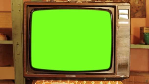 80-as évek televízió Green Screen. Esztétikája a 80-as években. Nagyítás. A zöld képernyőt kicserélheti a kívánt felvételekkel vagy képpel. Meg tudod csinálni a keying hatása After Effects (Nézd meg útmutatók a YouTube-on).