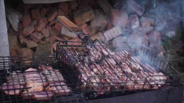 Grill hús