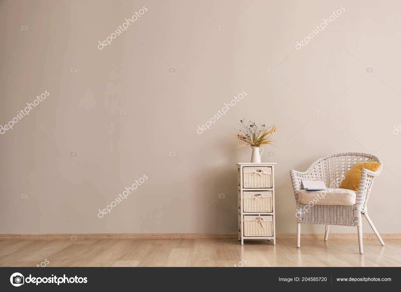 Living Room Armchair Stand Light Wall U2014 Stock Photo