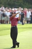 Tiger Woods vítěz Us Open v roce 2002 je americká profesionální golfistka, která se řadí mezi nejúspěšnější hráči všech dob. Byl jedním z nejvyšších placené sportovci na světě po několik let.