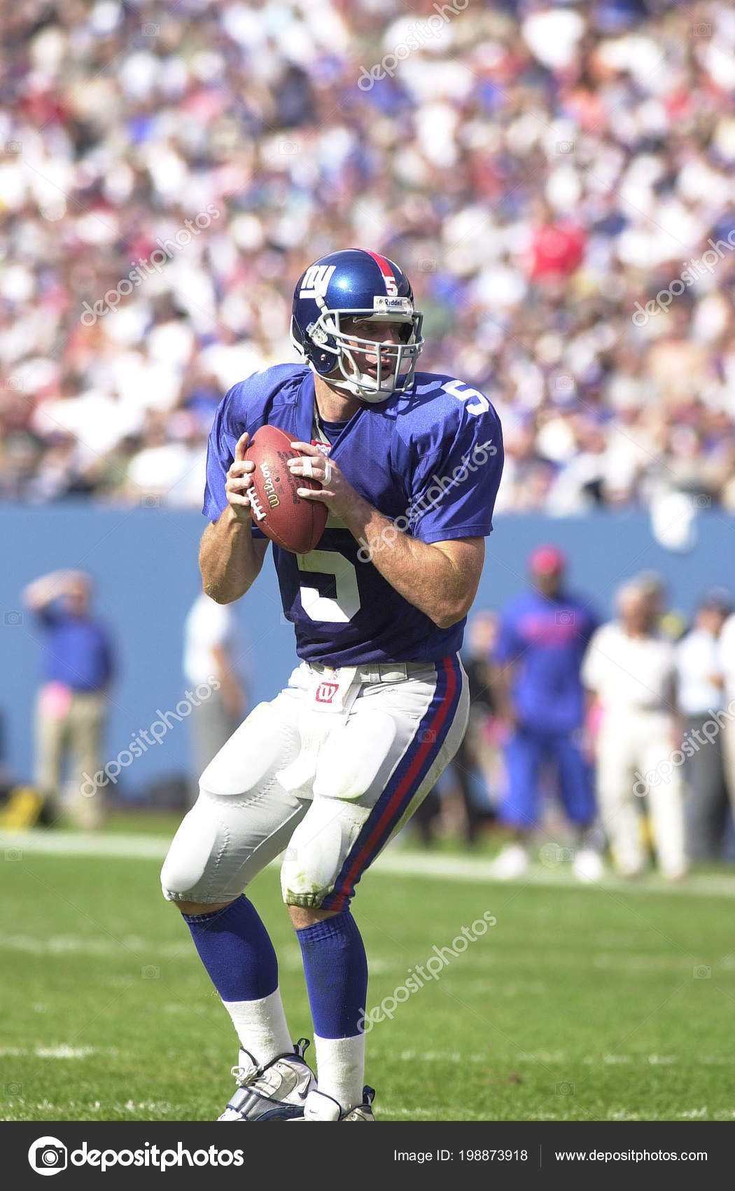 d706904ea3c Kerry Collins Quarterback New York Giants Game Action Regular Season — Stock  Photo