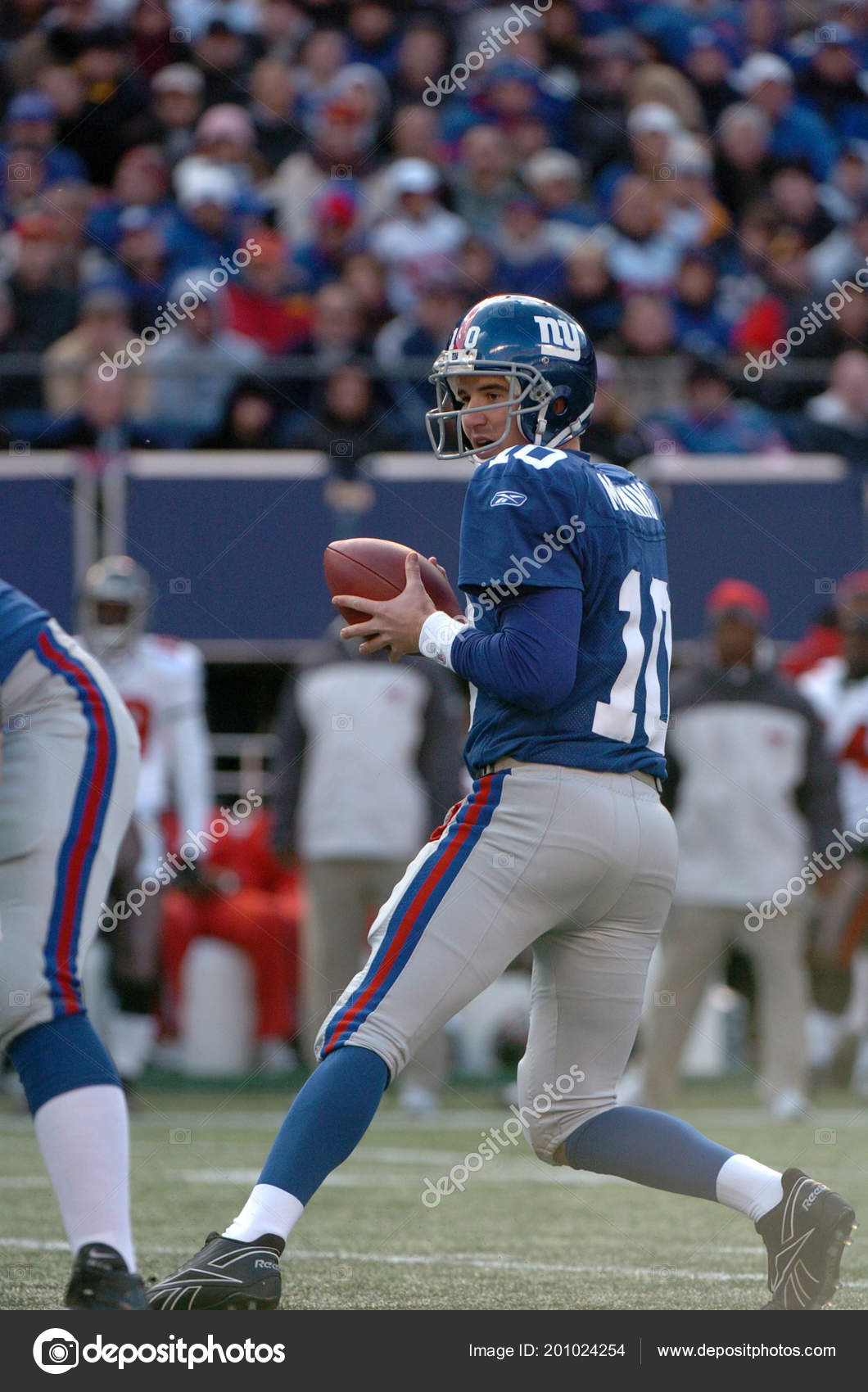 Eli Manning Quarterback New York Giants Game Action Regular